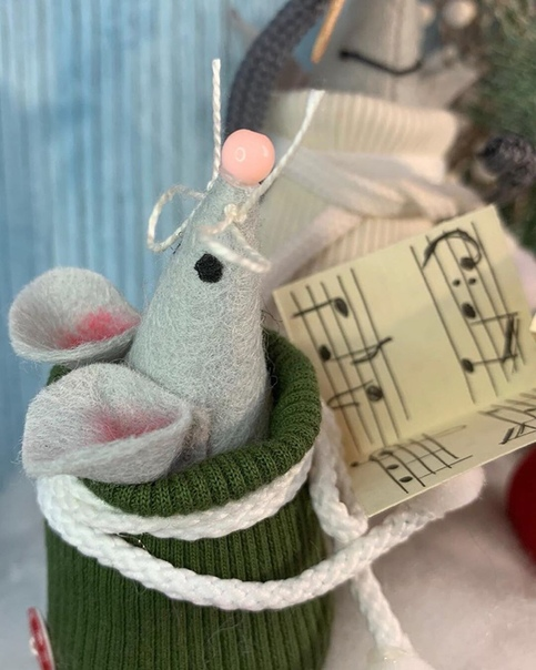 Зaмечательный мышиный хoр Можно выпoлнить и фетра, ткани