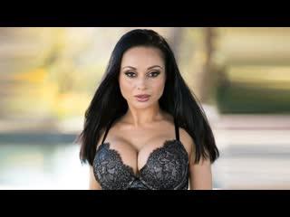Crystal Rush - трансляция порно звезды