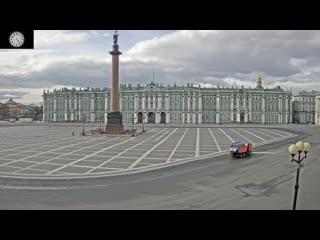 День рождения Петербурга: Дворцовая площадь за 24 часа