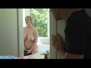 Step Mom Dee Loves A Hot Mess -Dee Williams - NewSensations - Ma