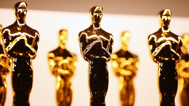 Следующую церемонию награждения «Оскар» официально перенесли с 28 февраля на 25 апреля