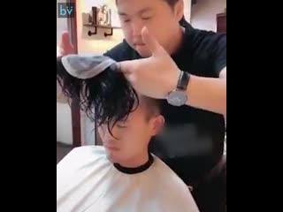 Девочки опасайтесь парней с красивой причёской