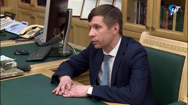 Пестовский глава Дмитрий Иванов ранее заявивший об отставке попросил у Андрея Никитина второй шанс