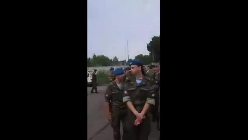 В Хабаровске военнослужащих выстроили строем и заставили ставить подписи за кандидата от Единой России