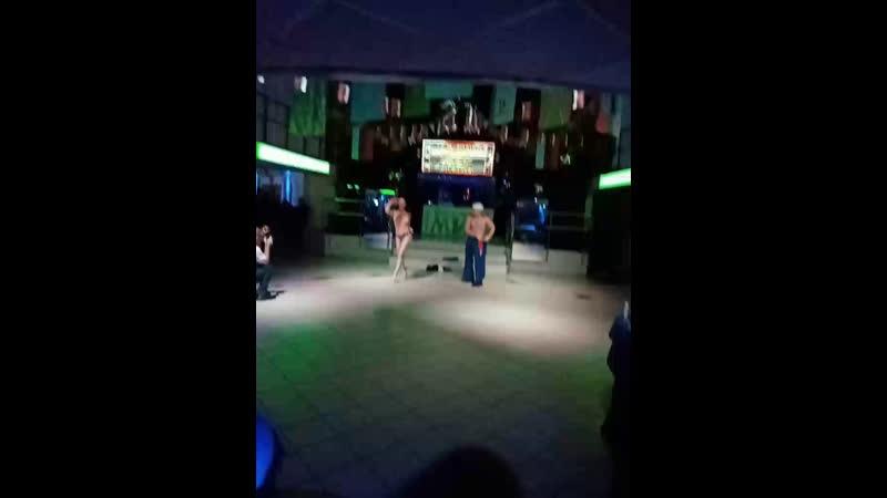 Антон Голосов - Live