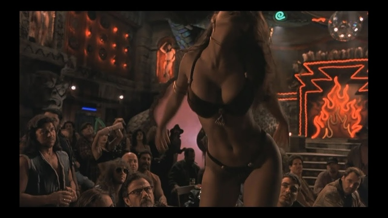 Танец Сальмы Хайек со змеей От заката до рассвета 1995 From Dusk Till Dawn