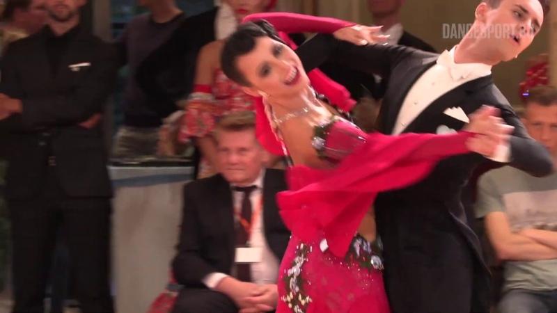 Mateusz Brzozowski - Justyna Mozdzonek POL, English Waltz, DanceComp Wuppertal 2019