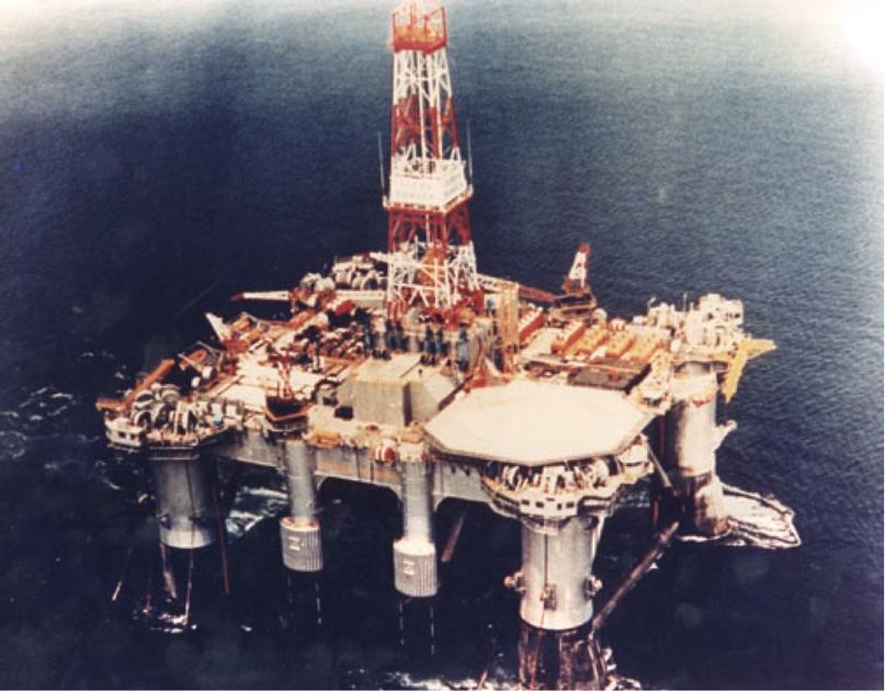 Платформа Odyssey, известная в девичестве как «Ocean Odyssey», во времена своей работы на Аляске по первоначальному назначению