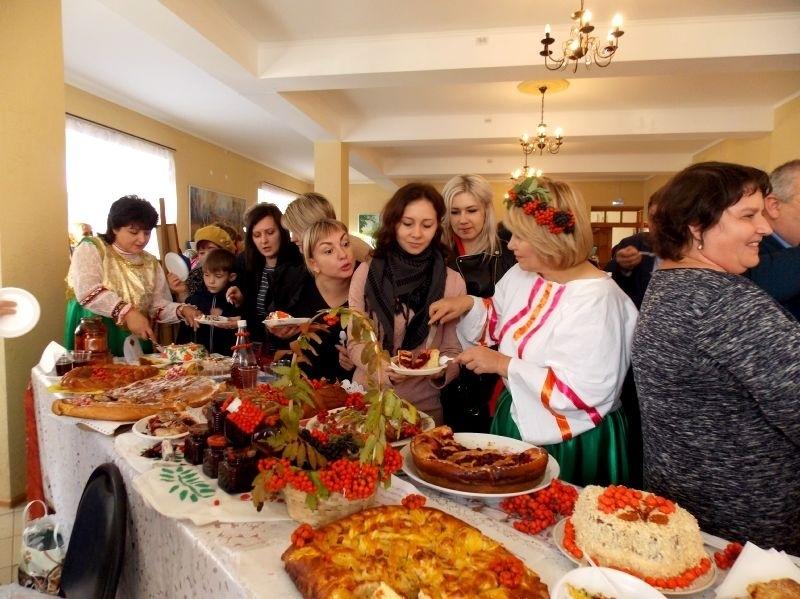 Фестиваль «Петровский край рябиновый» пройдёт в дистанционном формате