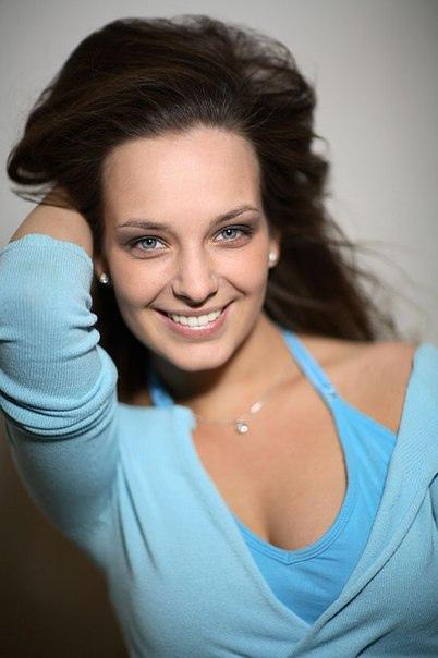Сегодня день рождения у Поповой Анны Валерьевны.