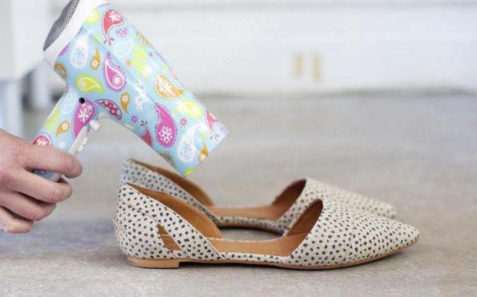 Как растянуть обувь в домашних условиях, изображение №6