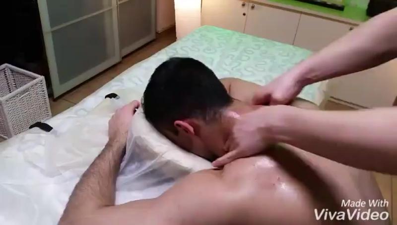 Массаж шеи. Лечение остеохондроза