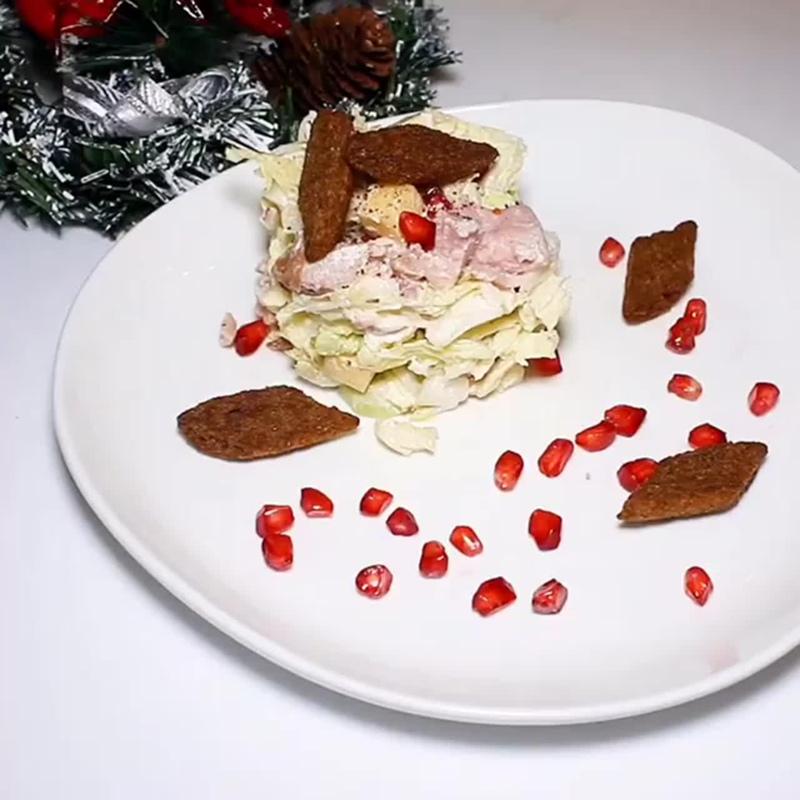 Очень вкусный салат с гранатом!