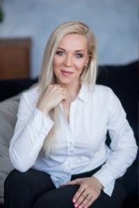 Таша Семёнова