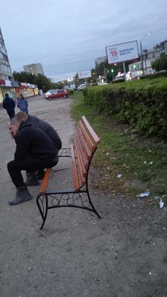 Новые лавочки на улице Веденяпина и замечательный ...