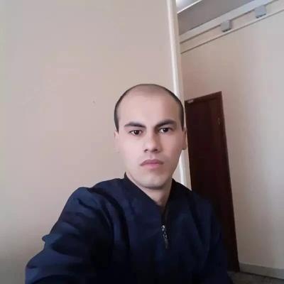 Alimjan Latipov