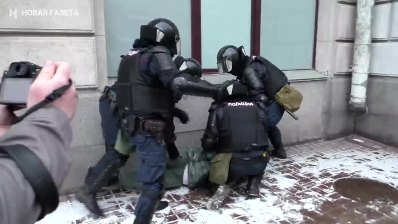 Шокером до потери сознания 31 января в Москве и Питере