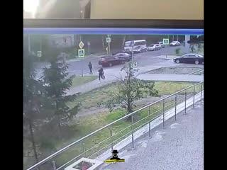 На пересечении проспекта Комсомольского и улицы Интернациональной произошло ДТП с участием трех автомобилей (Инцидент Барнаул)