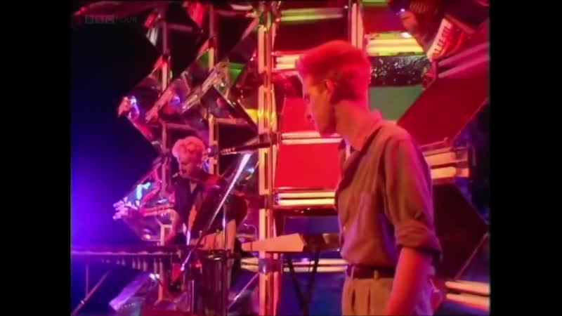 Depeche Mode Love In Itself Top Of The Pops BBC UK 06 10 1983