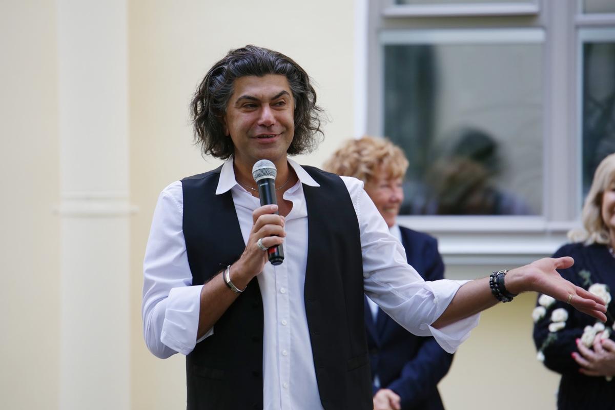 Николай Цискаридзе поздравляет с Днем знаний