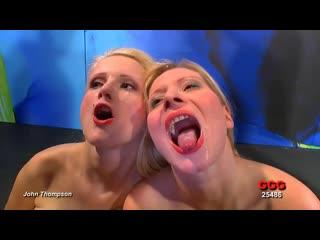 [GGG] Melanie Moon, Mia Bitch - Глотающие блондинки в спермо-туре [Big Tits, Blonde, Blowjob, Bukkake, Cumshot, Facial, MILF]