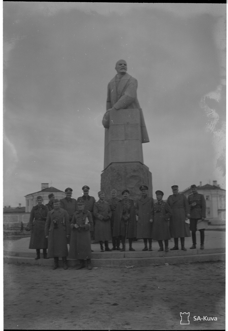 Американский военный атташе в оккупированном Петрозаводске