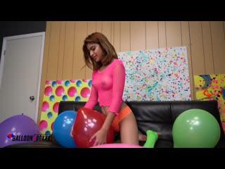 Hazel Heart - Petite Hazel Playfully Blows 2 Pop [Nude]