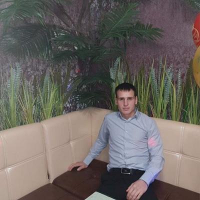 Николай, 27, Uglegorsk