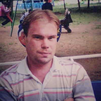 Олег, 37, Chistopol'