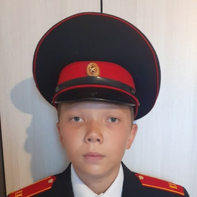 Руслан Колобов