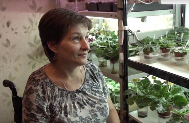 У пострадавшей в Беслане скупили все цветы после фильма Дудя Блогер и журналист Юрий Дудь выпустил документальный фильм про теракт в Беслане 1 сентября 2004 года. Одной из героинь стала Марина