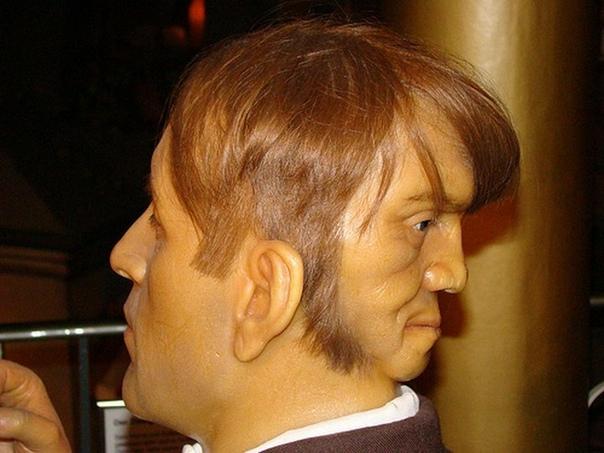 Эдвард Мордрейк - загадочная жизнь двуликого человека